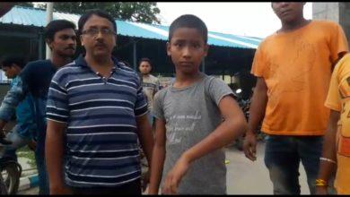 Photo of শিক্ষকের বেতের আঘাতে জখম ছাত্র, উত্তেজনা রায়গঞ্জে