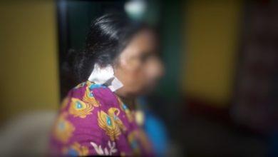 Photo of রায়গঞ্জে লড়াই পদ্ম ও ঘাসফুল শিবিরের, কান কাটলো বিজেপির মহিলা কর্মীর