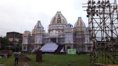 Photo of ইস্কন মন্দিরের আদলে মন্ডপ প্রস্তুত করছে সুদর্শনপুর